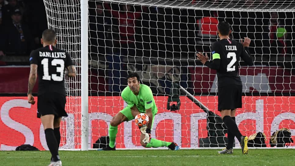 VIDEO | El error de Buffon en el segundo gol del United ante el PSG