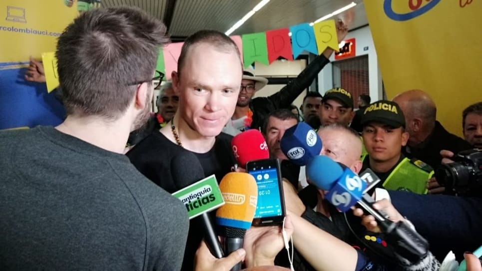 VIDEO | Chris Froome llega al país para disputar el Tour Colombia 2.1