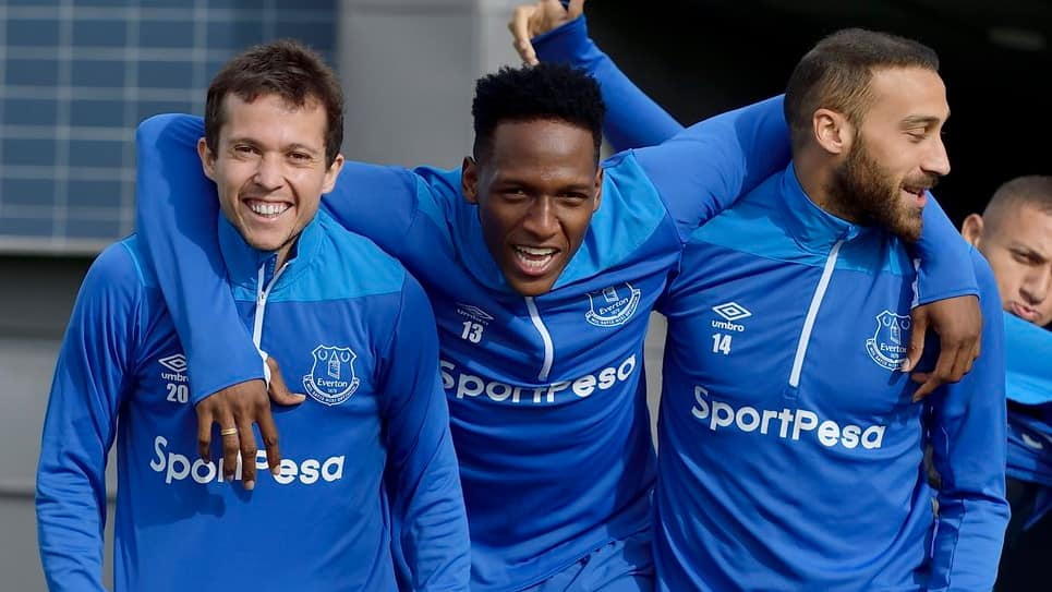 Yerry Mina se prepara para su debut con el Everton este domingo ante el Arsenal