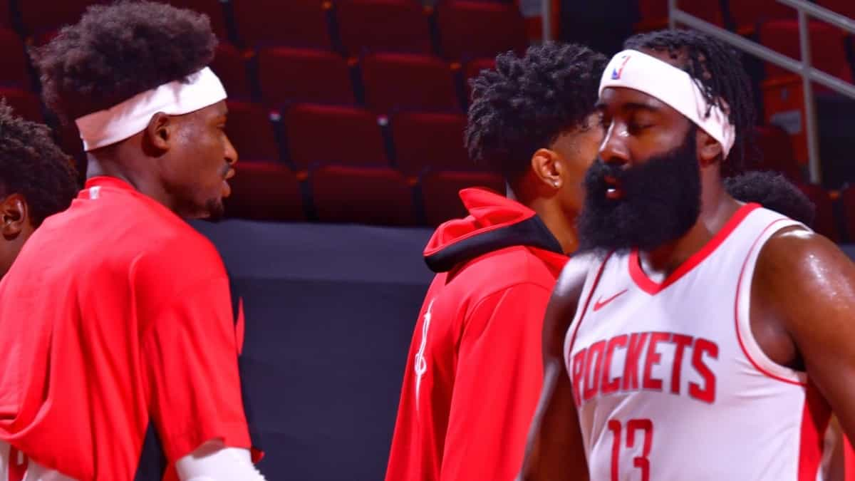 James Harden regresa con los Rockets