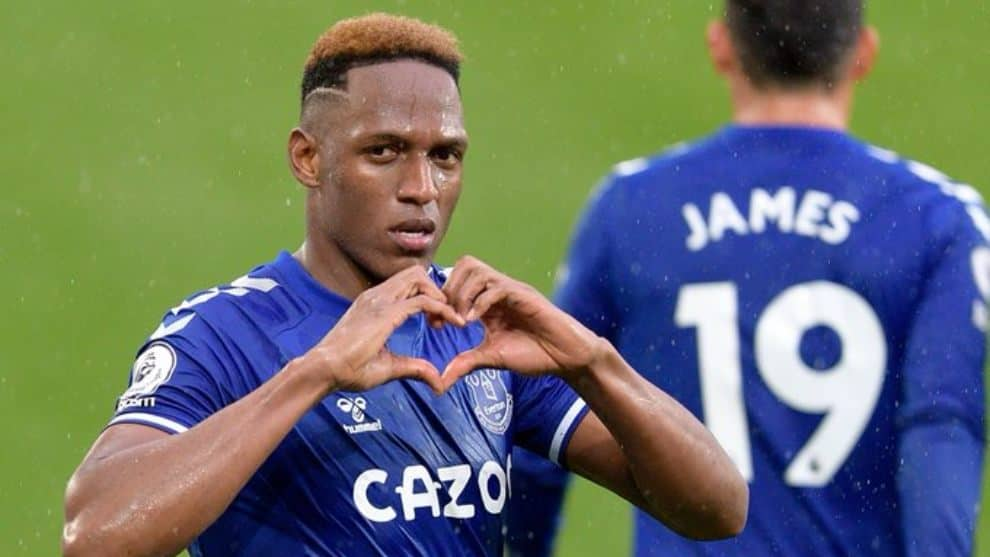 James asiste y Yerry Mina define