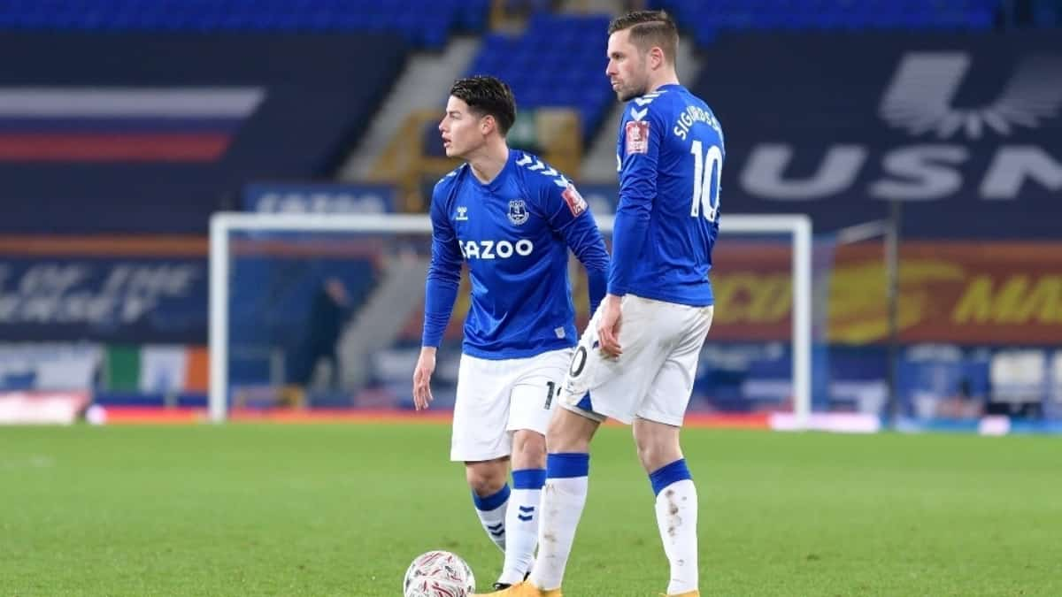Sigurdsson elogia al colombiano James Rodríguez en Everton
